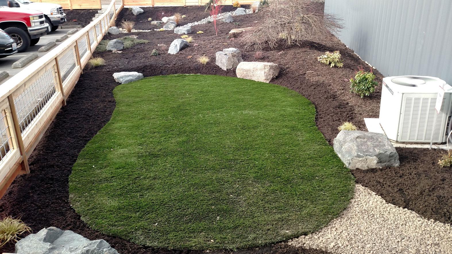 Commercial landscaping bremerton brookside landscape for Landscaping rocks kitsap county