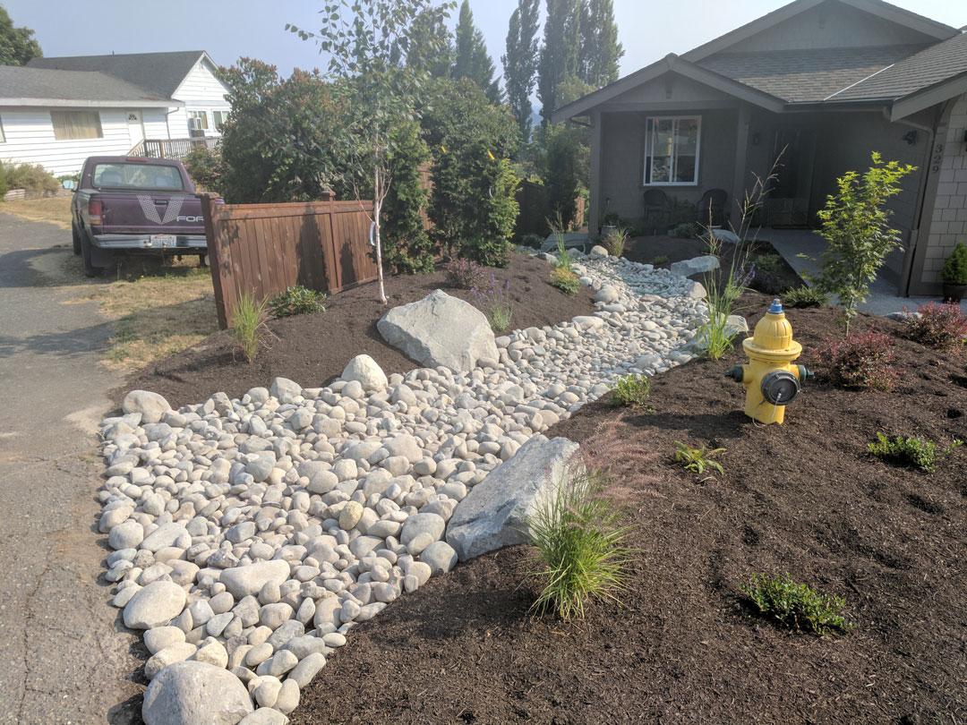 Creek bed installation east bremerton brookside for Landscaping rocks kitsap county